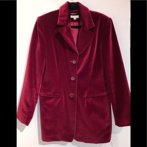 Neiman Marcus 10 gorgeous velvet burgundy blazer